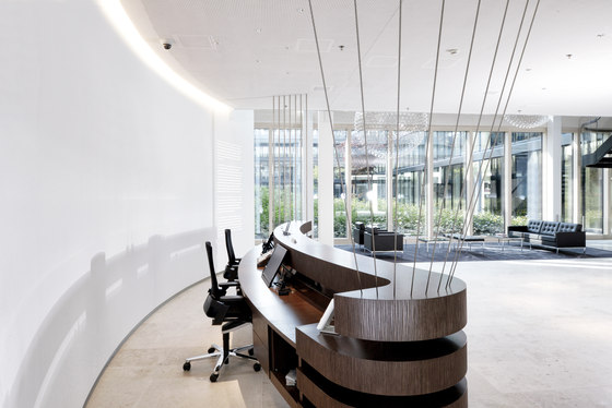International Health Care Company de DOBAS AG | Oficinas