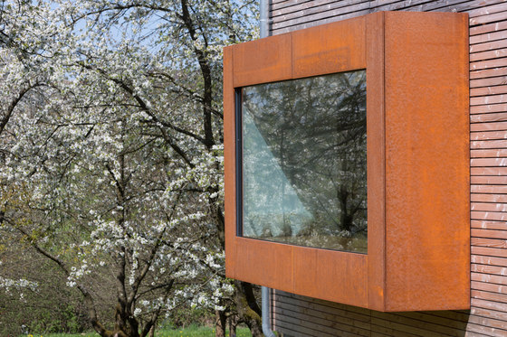 Cherry Blossom House by UberRaum Architects | Detached houses