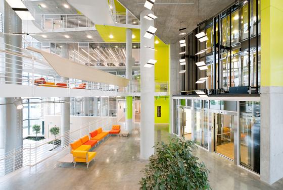 University of baltimore, School of Law di Rolf Benz | Riferimenti di produttori