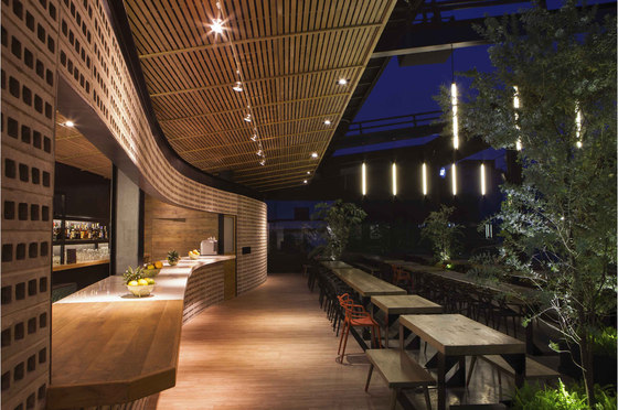 balmori rooftop bar by tdda taller david dana arquitectura bar