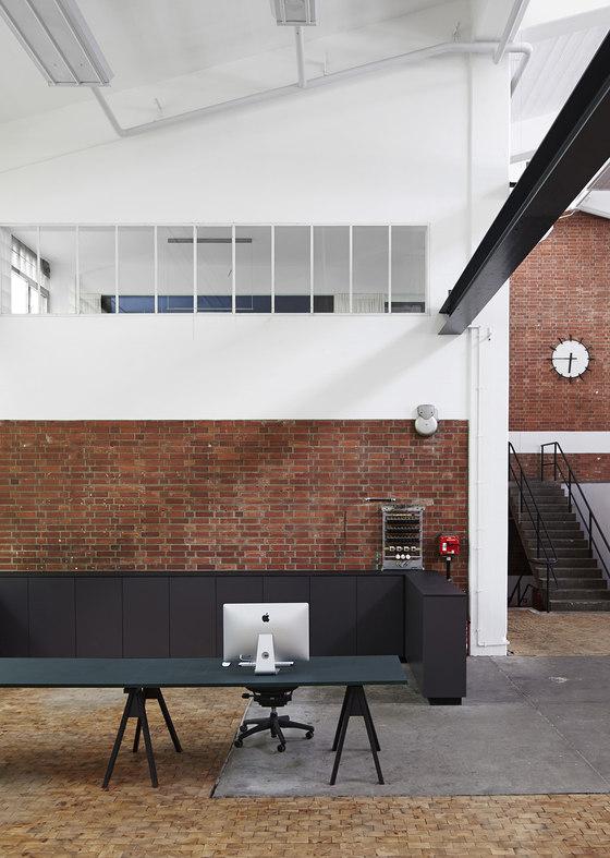 a by designliga | office facilities, Innenarchitektur ideen