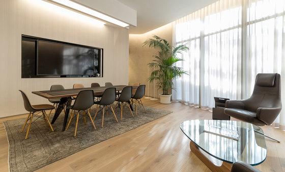 Knight Frank Spain VIP area di Hans Abaton   Spazi ufficio