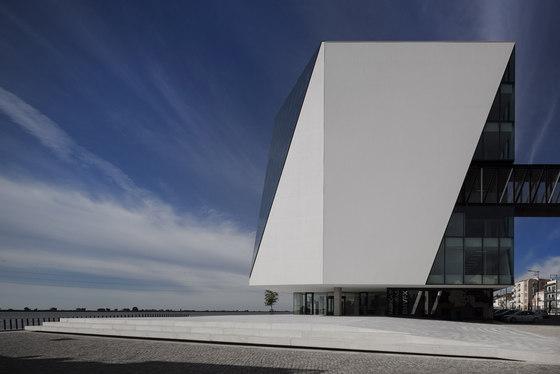 Vila Franca de Xira Municipal Library by Miguel Arruda Arq | Universities
