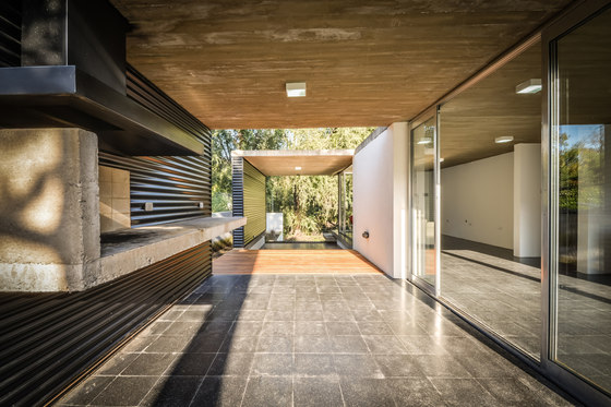suburban house la viña by stc arquitectos detached houses