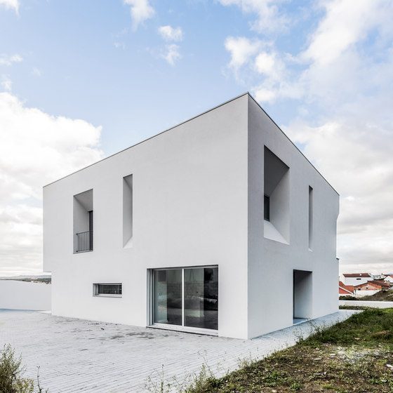 House Lot 31 by ADOFF - Arquitectos | Detached houses