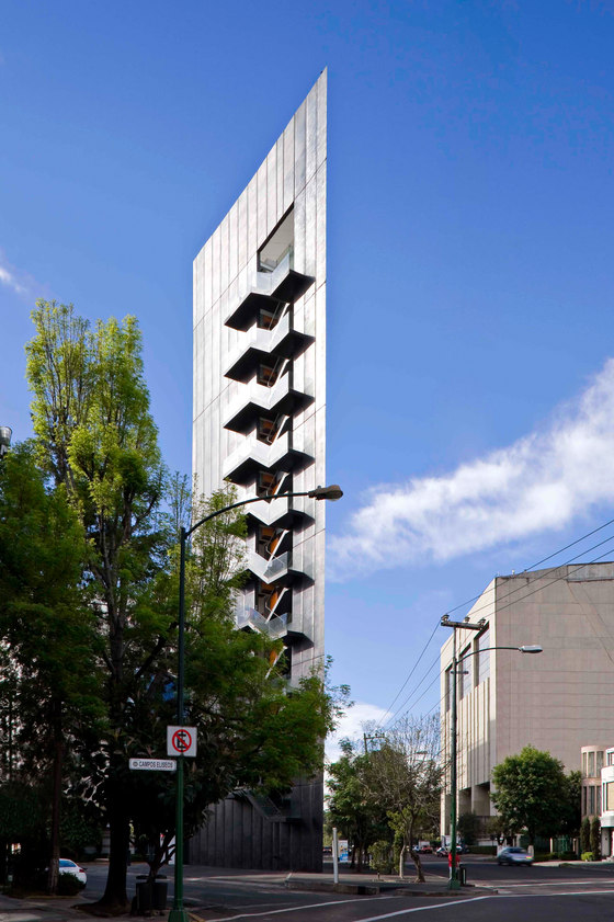 Tres Picos Tower by LBR&A Arquitectos   Office buildings