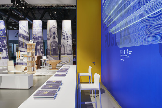 Puglia Crossing Identities de Migliore+Servetto Architects | Stands de feria
