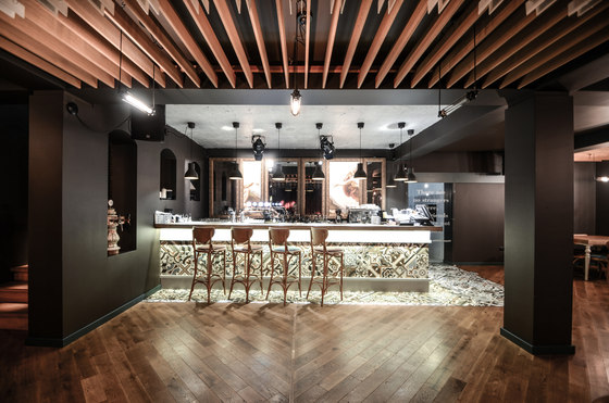 The Smart Pub by Yellow office | Restaurant interiors