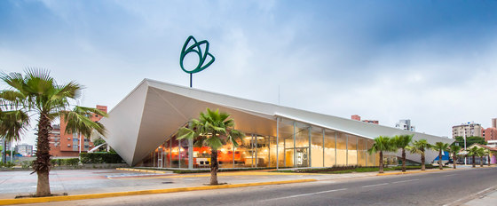 De Candido Express Supermarket By Nmd Nomadas Shopping