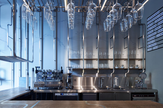 JETLAG tea & wine bar by Mimosa Architekti | Bar interiors