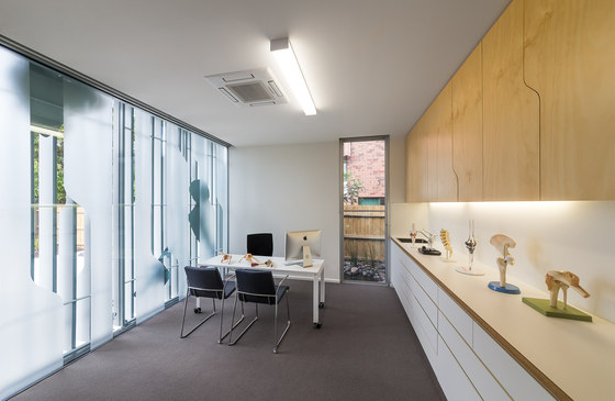 Surgeon's Rooms by Fmd Architects | Hospitals