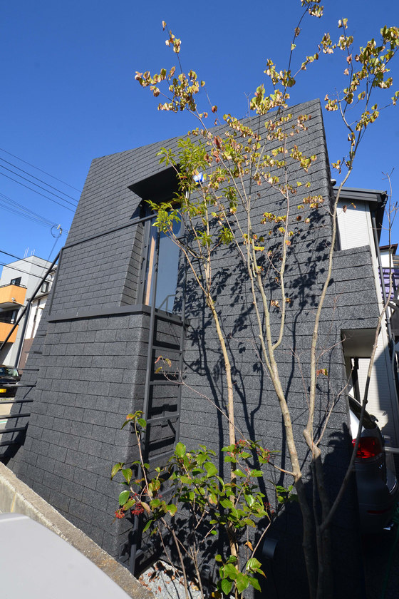 Mountain House by Hiroki+Tomoko Sekiguchi Architects | Detached houses