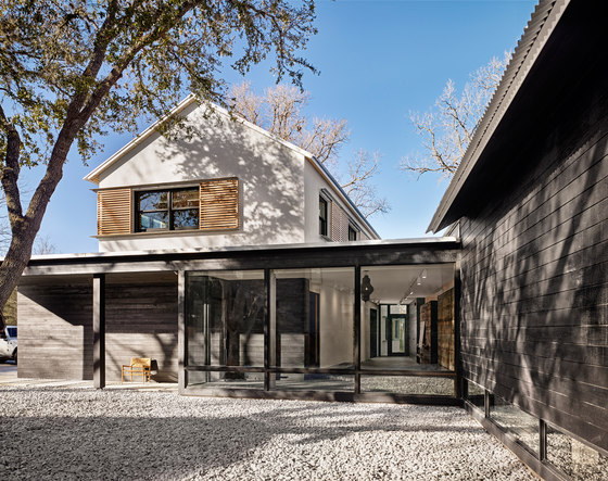 Modern Texas Prefab by Aamodt Plumb Architects | Detached houses