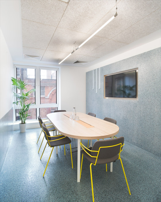 The Office Group - Angel Square by Shed Design | Office facilities