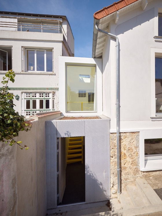House extension for a cellist - part II by CUT Architectures | Semi-detached houses