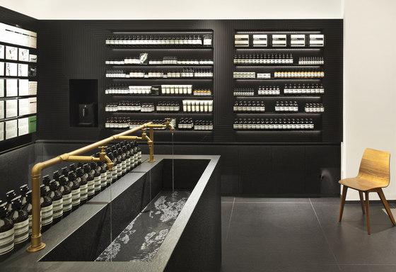 aesop stuttgart by einszu33 shop interiors. Black Bedroom Furniture Sets. Home Design Ideas