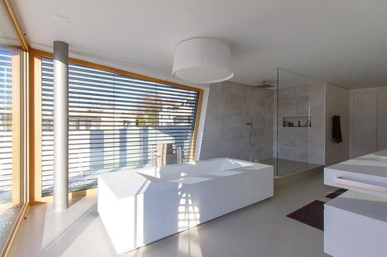 Vier Bäder, eine Sprache by Keramikland AG | Private baths