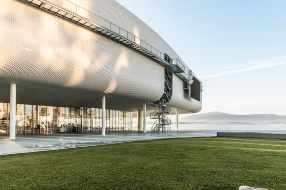 Centro Botín by Hisbalit reference projects | Manufacturer references