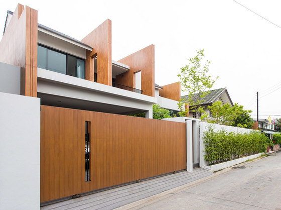 Sanambinnam House by Archimontage Design Fields Sophisticated | Detached houses