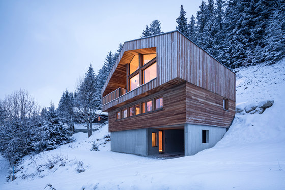 Mountain House by studio razavi architecture | Detached houses