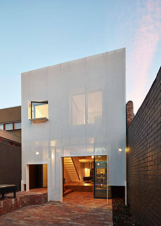 Mills, The Toy Management House by Andrew Maynard Architects | Semi-detached houses