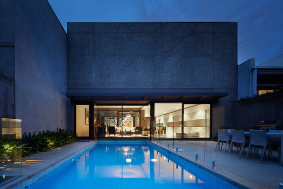 Ross Street Residence by b.e architecture | Detached houses