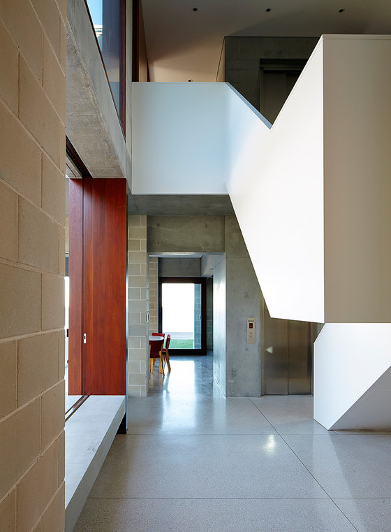Block House by Porebski Architects | Detached houses