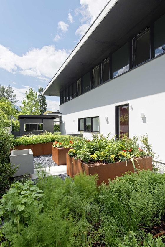 House FFF by Frassinagodiciotto | Gardens