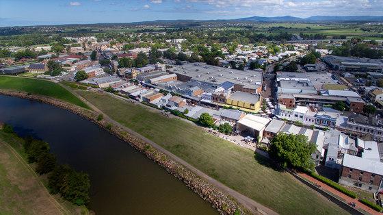 Maitland Riverlink by CHROFI | Public squares