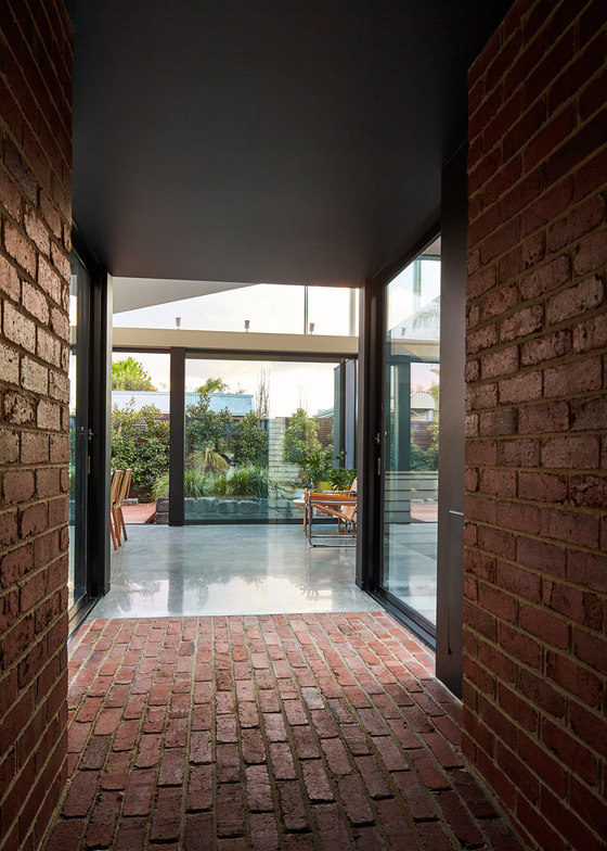 Tunnel House by MODO Architecture | Detached houses