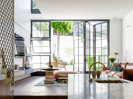 Bougainvillea Row House by Luigi Rosselli Architects | Detached houses