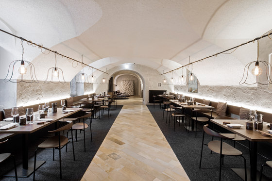 Rossbarth Restaurant by destilat | Restaurant interiors