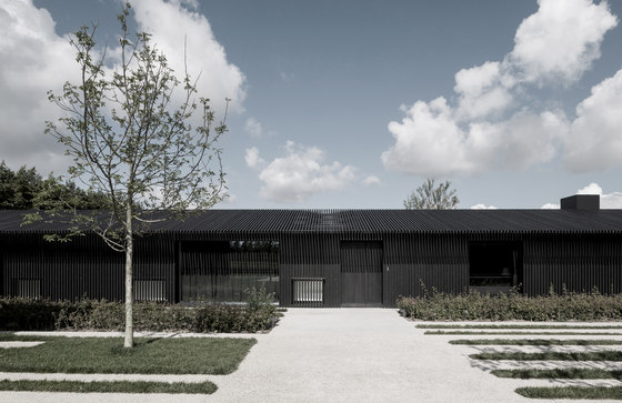 TR Residence by Vincent Van Duysen Architects   Detached houses