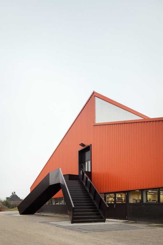 Interior Office of the Royal Tichelaar Factory by Monadnock | Office