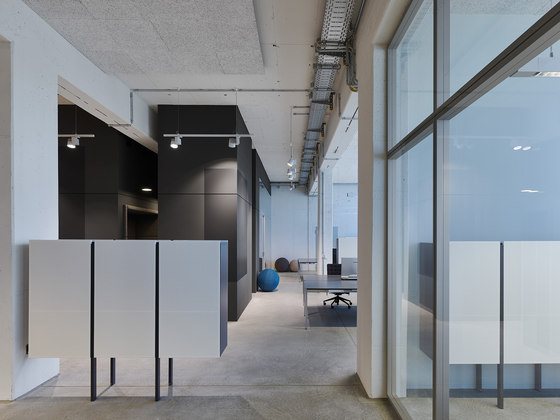 Office BW live by Studio Alexander Fehre | Office facilities