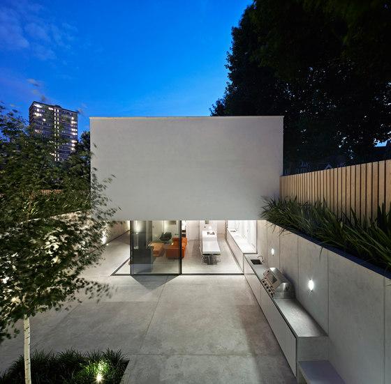 The Garden House by De Matos Ryan | Detached houses