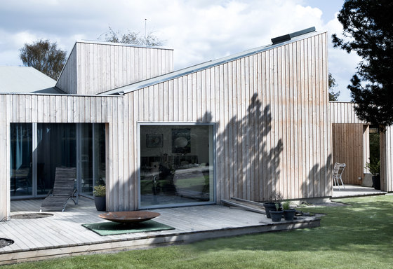 The Roof House by Sigurd Larsen | Detached houses