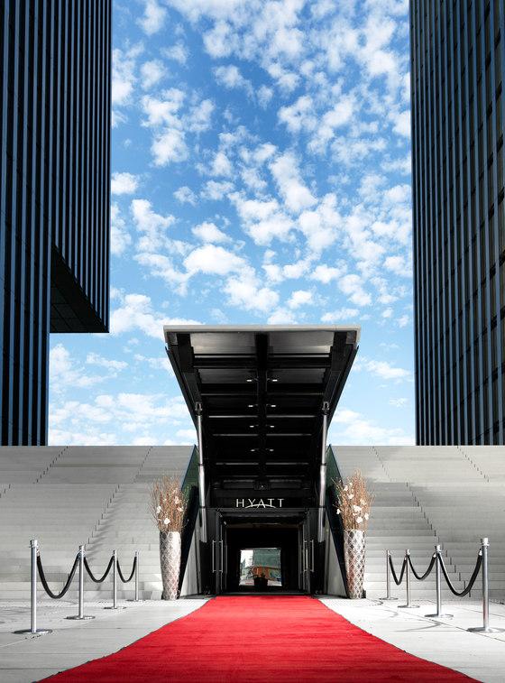 Spitze speditionstra e by slapa oberholz pszczulny architekten office buildings - Architekten in dusseldorf ...