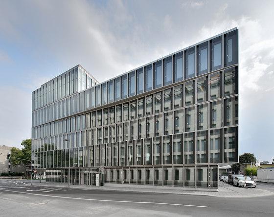 DEG Campus de slapa oberholz pszczulny | sop architekten | Edificio de Oficinas