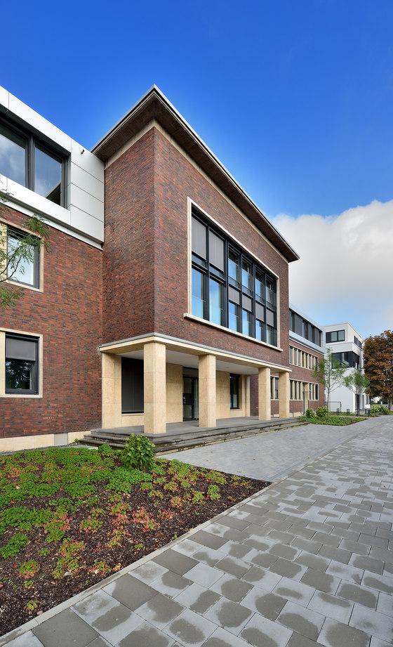 Zooviertel-Carrée by slapa oberholz pszczulny | sop architekten | Apartment blocks