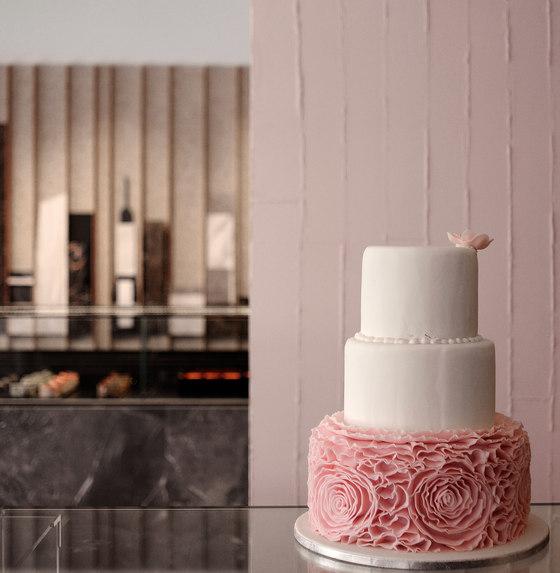 New York Sweets pastry shop by Minas Kosmidis | Shop interiors