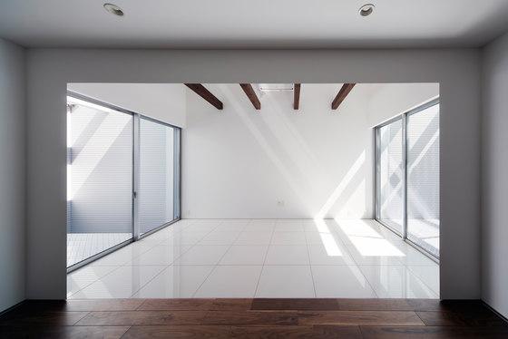 Light Grain by Yoshiaki Yamashita Architect & Associates | Semi-detached houses