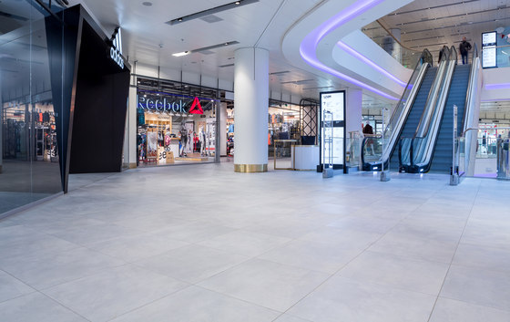 Centro Commerciale Tsum by Atlas Concorde | Manufacturer references