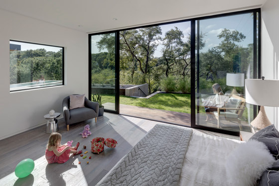 Bracketed Space House by Matt Fajkus Architecture   Detached houses