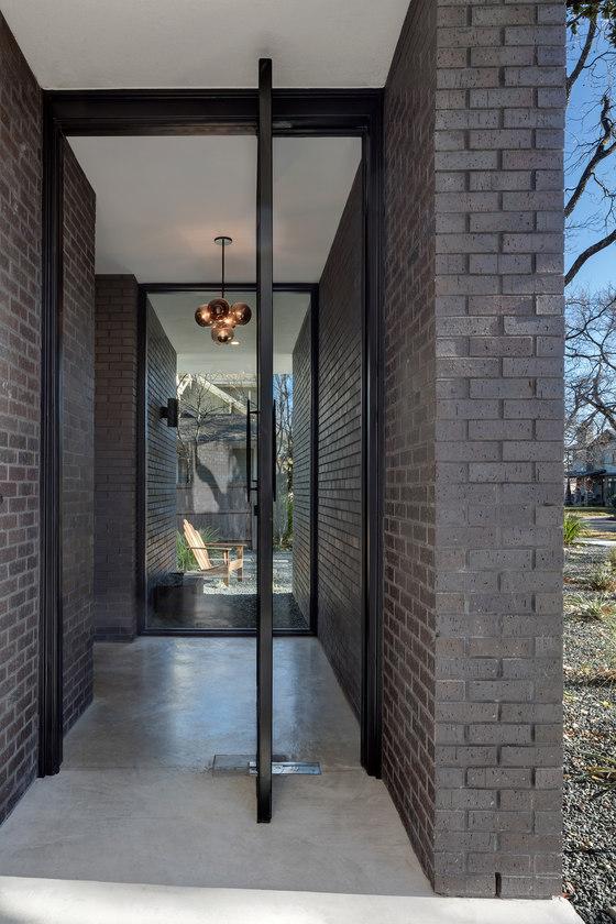 Main Stay House by Matt Fajkus Architecture | Detached houses