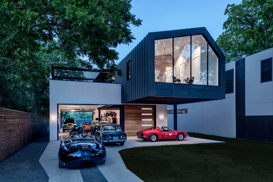 Autohaus by Matt Fajkus Architecture | Detached houses