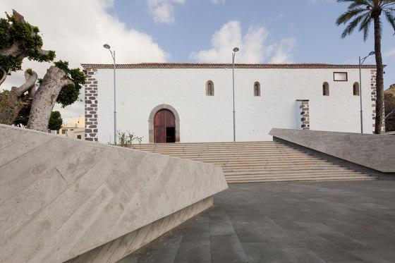 Plaza Espana and Sacred Art Museum di Fernando Menis | Musei