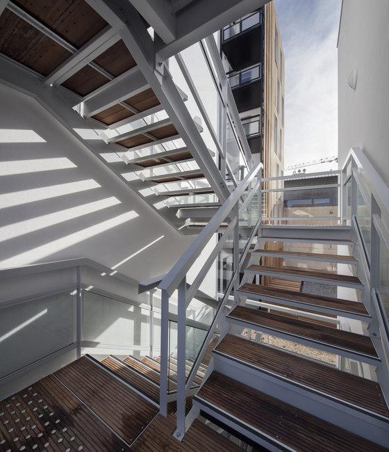 16 social housing units by Atelier Gemaile Rechak | Apartment blocks