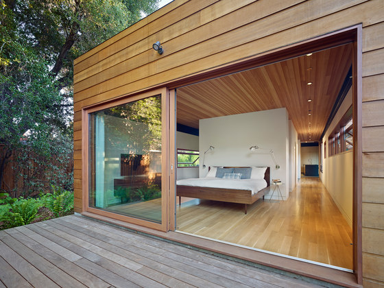 Low/Rise House by SAW // SPIEGEL AIHARA WORKSHOP | Detached houses
