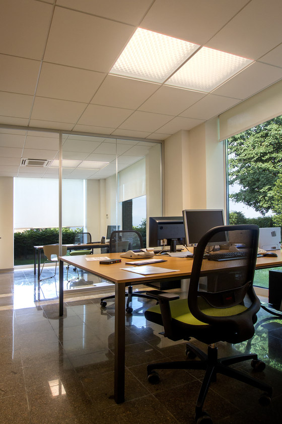 Banca Alto Vicentino di L&L Luce&Light | Manufacturer references
